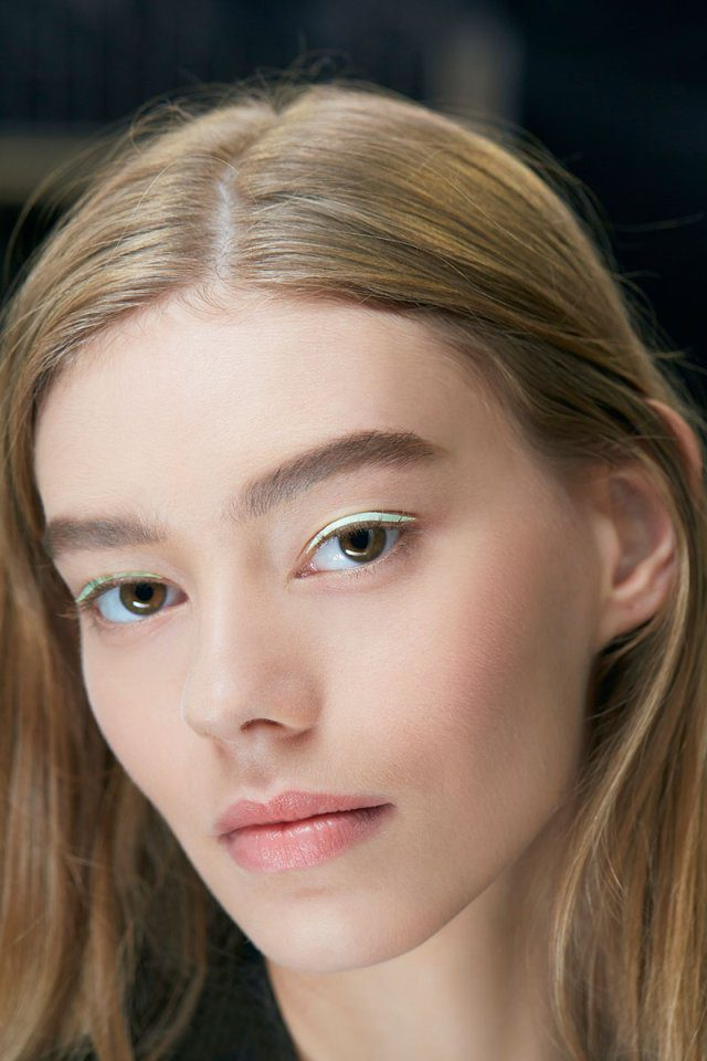 DIOR-presents-PRET-A-PORTER-COLLECTION-SPRING-SUMMER-2015-MAKE-UP.jpg