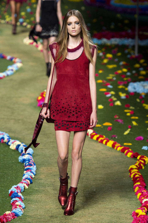 54bc1c12171fa_-_hbz-nyfw-ss2015-trends-summer-suede-05-hilfiger-rs15-0956-lg.jpg