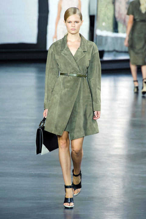 54bc1c05728c6_-_-nyfw-ss2015-trends-military-style-04-jason-wu-rs15-0443-lg.jpg
